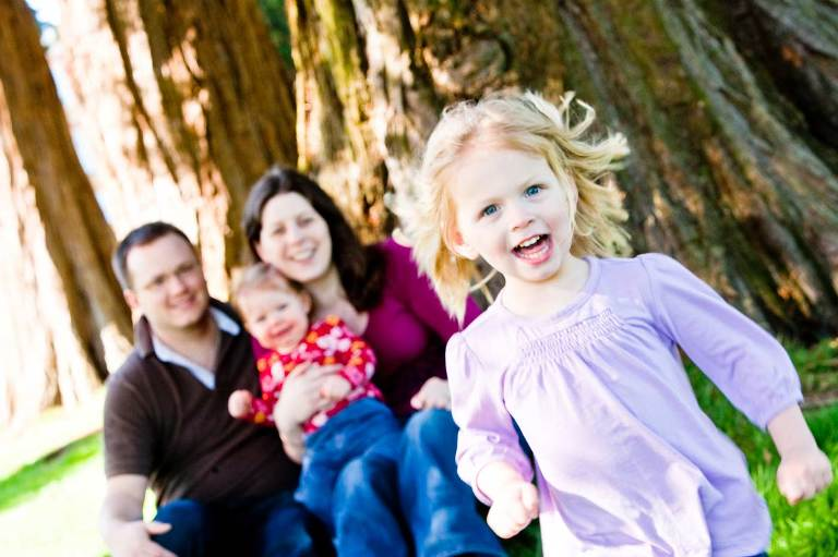 Natural-outdoor-family-portraits-Surrey